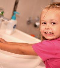 Mycie rąk u dzieci