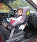 fotelik dla niemowlaka montowany tyłem