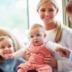 Jak znaleźć dobrą opiekunkę dla Twojego malucha?