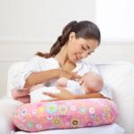 Poduszka do karmienia piersią – gadżet, który przyda się w Twoim domu